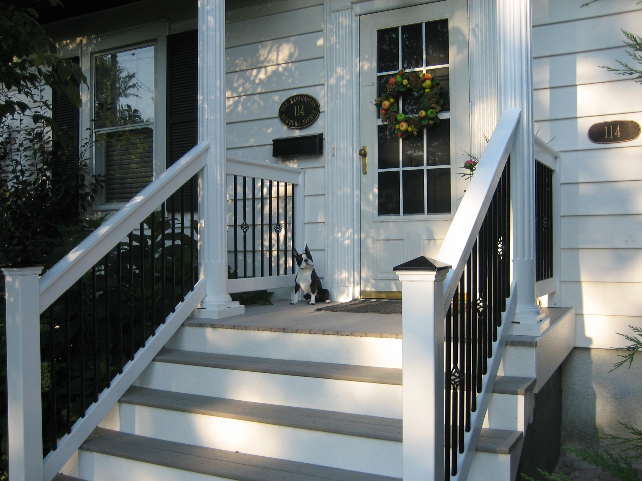 Railings for the Front Porch Steps   Fortress
